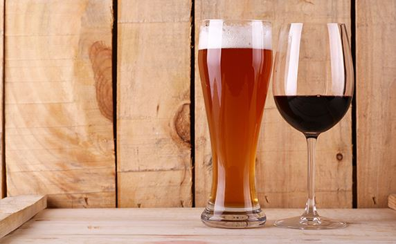 beer glass and wine glass